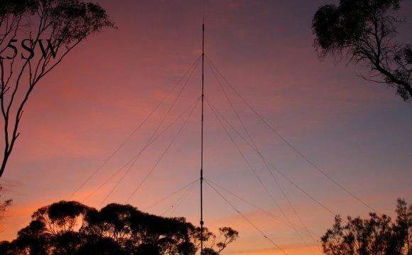Hustler 6BTV Vertical Antenna